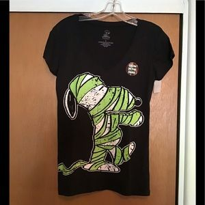 Fun Snoopy as the Mummy T shirt, slim fit